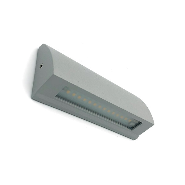 APLIQUE Exterior p/Muro Led 3.5w IP54 Calido Rectang. Gris 13*6*3cm